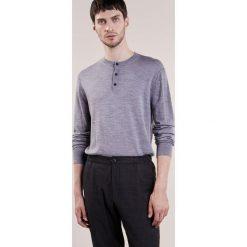 Club Monaco LUX Sweter medium grey heather. Czarne swetry klasyczne męskie Club Monaco, m, z jedwabiu. W wyprzedaży za 395,85 zł.