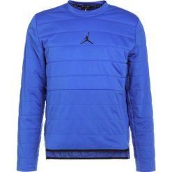 Bejsbolówki męskie: Jordan TECH QUILTED CREW Bluza hyper royal/black