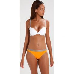 Majtki damskie: Calvin Klein Underwear 3 PACK Stringi orange