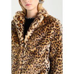 Płaszcze damskie pastelowe: Jennyfer FELINA Płaszcz zimowy camel