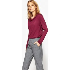 Swetry damskie: Sweter z lejącym się dekoltem