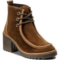 Botki FLY LONDON - Winsfly P500782002 Camel. Brązowe buty zimowe damskie Fly London, z materiału, na obcasie. W wyprzedaży za 329,00 zł.