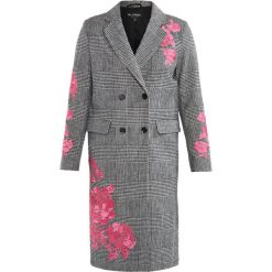 Miss Selfridge CHECK  Płaszcz wełniany /Płaszcz klasyczny check. Czarne płaszcze damskie wełniane Miss Selfridge, klasyczne. W wyprzedaży za 341,40 zł.