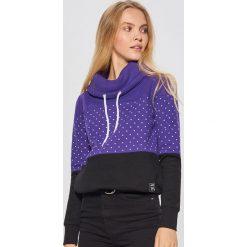 Wzorzysta bluza z kołnierzem - Fioletowy. Fioletowe bluzy damskie marki Cropp, l. Za 89,99 zł.