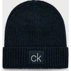 Calvin Klein - Czapka. Czarne czapki zimowe męskie marki Calvin Klein, z bawełny. Za 159,90 zł.