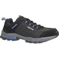 Czarne buty sportowe sznurowane softshell Casu A1528-2. Czerwone halówki męskie marki Melissa, z kauczuku. Za 89,99 zł.