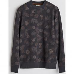 Bluza z leśnym printem - Szary. Szare bluzy męskie rozpinane Reserved, l. Za 99,99 zł.