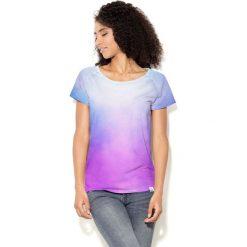 Colour Pleasure Koszulka damska CP-034  40  biało-błękitno-fioletowa r. XL-XXL. Białe bluzki damskie Colour pleasure, xl. Za 70,35 zł.