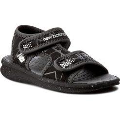 Sandały NEW BALANCE - K2031BKW  Black/White. Czarne sandały chłopięce New Balance, z materiału. Za 99,00 zł.