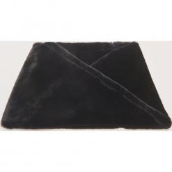 Pluszowy komin - Czarny. Czarne szaliki damskie marki House. Za 39,99 zł.