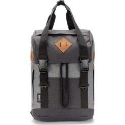 Plecaki męskie: Plecak w kolorze szaro-czarnym – 33 x 44 x 18 cm