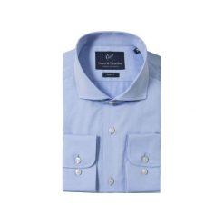 KOSZULA BLUE CUTAWAY. Białe koszule męskie na spinki marki Guns&tuxedos, m, z kwadratowym dekoltem, z krótkim rękawem. Za 149,99 zł.
