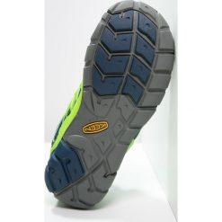 Keen CHANDLER CNX Półbuty trekkingowe poseidon/jasmine green. Niebieskie buty sportowe męskie Keen, z gumy, sportowe. Za 249,00 zł.