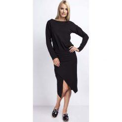 Czarna Casualowa Midi Sukienka z Kopertowym Dołem. Czarne sukienki balowe marki Molly.pl, l, z kopertowym dekoltem, z długim rękawem, midi, kopertowe. W wyprzedaży za 106,86 zł.