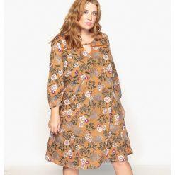 Długie sukienki: Sukienka rozszerzana w kwiaty