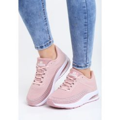 Różowe Buty Sportowe Soft Day. Czerwone buty sportowe damskie marki Born2be, z materiału. Za 99,99 zł.