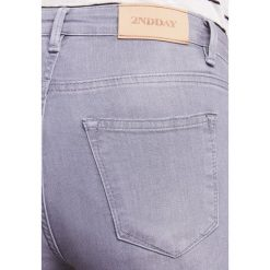 Boyfriendy damskie: 2nd Day 2ND SALLY ASHES Jeans Skinny Fit concrete
