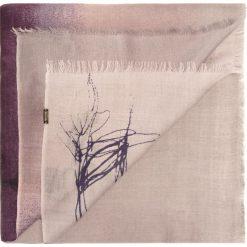 Szal damski 85-7D-W01-X1. Fioletowe szaliki damskie marki Wittchen, na zimę, z wełny. Za 279,00 zł.