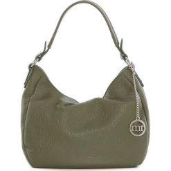 Skórzana torebka w kolorze oliwkowym - 30 x 20 x 8 cm. Zielone shopper bag damskie Best of Italian Bags, w paski, ze skóry. W wyprzedaży za 171,95 zł.
