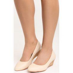 Beżowe Koturny Rule the World. Brązowe buty ślubne damskie marki Born2be, na niskim obcasie, na koturnie. Za 79,99 zł.