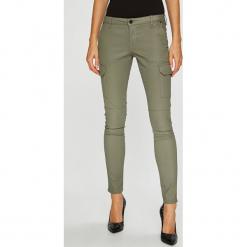 Pepe Jeans - Spodnie PL211208YB7. Szare jeansy damskie rurki Pepe Jeans. Za 439,90 zł.