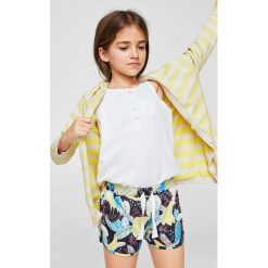 Mango Kids - Szorty dziecięce Madeira 104-164 cm. Szare spodenki dziewczęce Mango Kids, z dzianiny, casualowe. Za 29,90 zł.