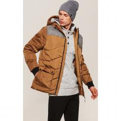 Pikowana kurtka z kapturem - Beżowy. Brązowe kurtki męskie bomber House, l, z kapturem. W wyprzedaży za 179,99 zł.