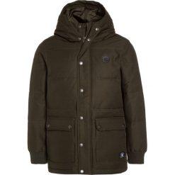 DC Shoes AYDON  Płaszcz zimowy green. Czarne kurtki chłopięce zimowe marki DC Shoes, z bawełny. W wyprzedaży za 349,30 zł.