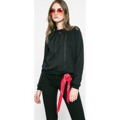 Roxy - Bluza Ride Freely. Białe bluzy damskie marki Roxy, l, z nadrukiem, z materiału. W wyprzedaży za 139,90 zł.