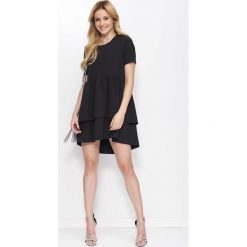 Czarna Sukienka Casual z Falbankami. Czarne sukienki hiszpanki Molly.pl, na co dzień, l, z tkaniny, casualowe, z falbankami, z krótkim rękawem, mini. Za 131,90 zł.