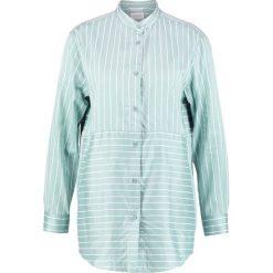 Marc O'Polo DENIM Koszula combo. Niebieskie koszule męskie marki Marc O'Polo DENIM, m, z bawełny, polo. W wyprzedaży za 239,20 zł.