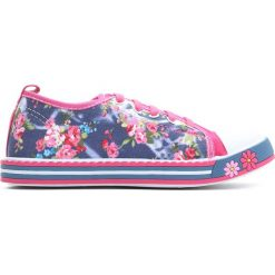 Fuksjowe Trampki Pinky Rings. Różowe buty sportowe dziewczęce Born2be, z materiału, z okrągłym noskiem, na sznurówki. Za 39,99 zł.
