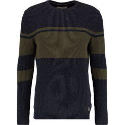 Swetry klasyczne męskie: TOM TAILOR DENIM BLOCKSTRIPED CREW Sweter woodland green