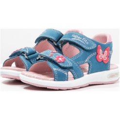 Superfit EMILY Sandały denim. Różowe sandały chłopięce marki Superfit, z gumy. W wyprzedaży za 209,30 zł.