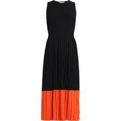 Długie sukienki: Warehouse COLOUR BLOCK PLEATED DRESS Długa sukienka black