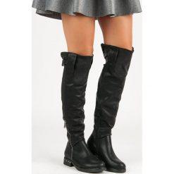 Buty zimowe damskie: Czarne kozaki na płaskim obcasie VALENTINA