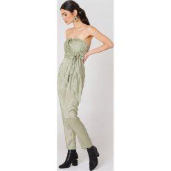 Glamorous Kombinezon bandeau - Green. Szare kombinezony damskie marki Pepe Jeans, m, z jeansu, bez ramiączek. W wyprzedaży za 66,89 zł.
