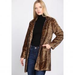 Brązowy Płaszcz Wild Animal. Czerwone płaszcze damskie zimowe marki Cropp, l. Za 149,99 zł.