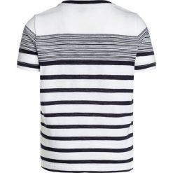 BOSS Kidswear KURZARM STREIFEN Tshirt z nadrukiem weiß. Niebieskie t-shirty męskie z nadrukiem marki BOSS Kidswear, z bawełny. Za 169,00 zł.