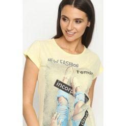 Bluzki, topy, tuniki: Żółty T-shirt Female Rights