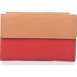 Skórzany portfel w kolorze czerwonym - 16,5 x 11 x 3,5 cm. Czerwone portfele męskie I MEDICI FIRENZE, ze skóry. W wyprzedaży za 169,95 zł.