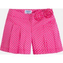 Mayoral - Szorty dziecięce 92-134 cm. Różowe spodenki dziewczęce Mayoral, z bawełny, casualowe. Za 99,90 zł.