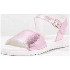 Friboo Sandały rose. Czerwone sandały chłopięce marki Friboo, z materiału. Za 169,00 zł.