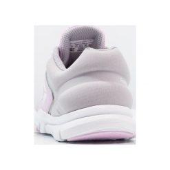 Reebok YOURFLEX TRAIN 9.0 Obuwie treningowe moonglow/grey/white. Szare buty skate męskie marki Reebok, z gumy, reebok yourflex. Za 149,00 zł.