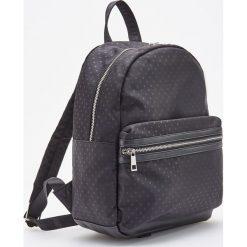 Plecak w kropki - Czarny. Czarne plecaki damskie Reserved, w kropki. Za 89,99 zł.