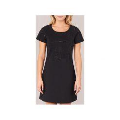 Sukienki krótkie Derhy  BADMINTON. Czarne sukienki hiszpanki Derhy, m, z krótkim rękawem, mini. Za 216,30 zł.