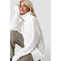 NA-KD Trend Gruby sweter oversize - White,Offwhite. Białe golfy damskie NA-KD Trend, z dzianiny. Za 161,95 zł.