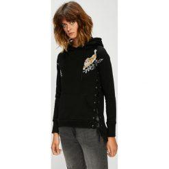 Silvian Heach - Bluza. Czarne bluzy z kapturem damskie marki Silvian Heach, s, z aplikacjami, z bawełny. Za 429,90 zł.