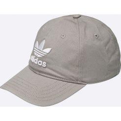 Adidas Originals - Czapka. Szare czapki z daszkiem damskie marki adidas Originals, z gumy. W wyprzedaży za 69,90 zł.