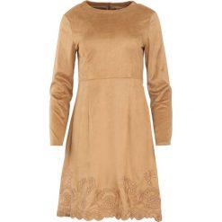 Ciemnobeżowa Sukienka Originator. Brązowe sukienki Born2be, l, midi. Za 109,99 zł.